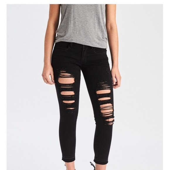 010659d1903 American Eagle Outfitters Denim - American Eagle black distressed cropped  jeggings6